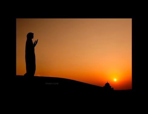 Muslim-Woman-Praying-Malaysia